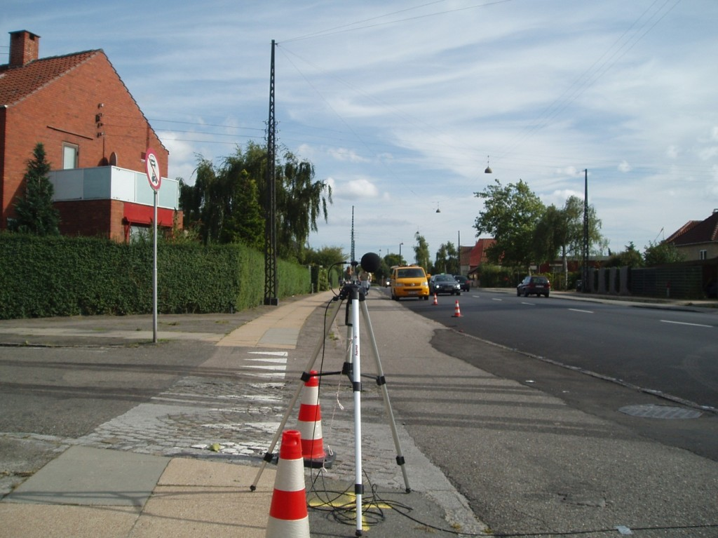 Detailed SPB noise measurements attest section with optimized noise reducing thin layers in Copenhagen.