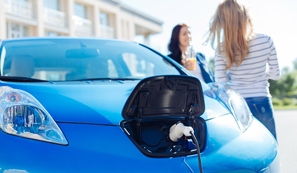The large increase in electric vehicles, that mainly have been replacing vehicles with internal combustion engine has led to a tipping point of fossil fueled based vehicle ownership by households in 2014