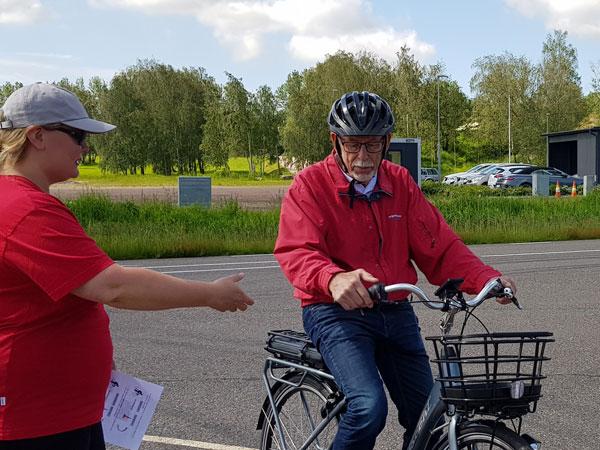 Cycling among elderly people