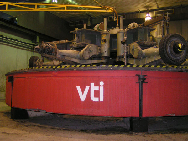 The VTI circular road testing machine is being used to test the electric road
